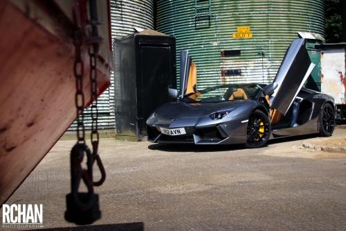 Lamborghini-Aventador10