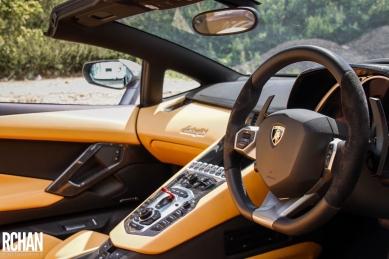 Lamborghini-Aventador15
